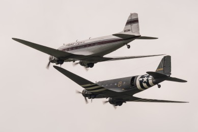 DC3 inflight over Wiesbadens airfield